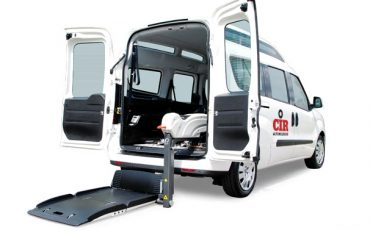 FIAT DOBLO' trasporto disabili