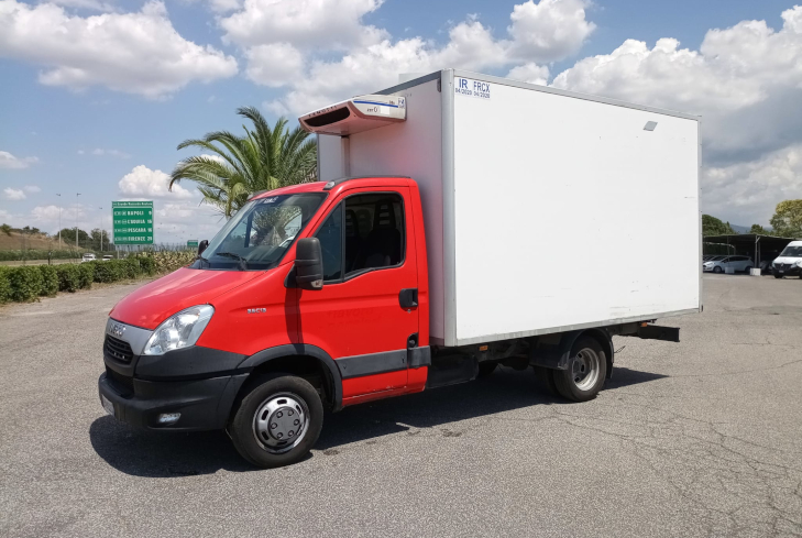 IVECO DAILY CELLA FRIGO EV973ZZ