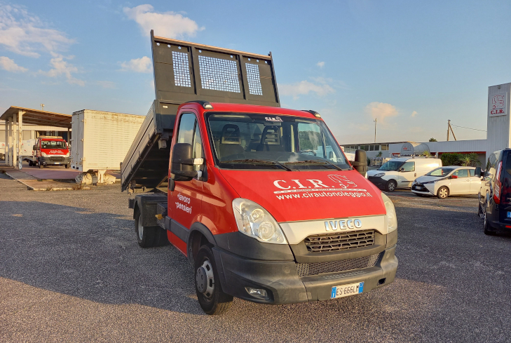 Iveco Daily Ribaltabile ES666LM